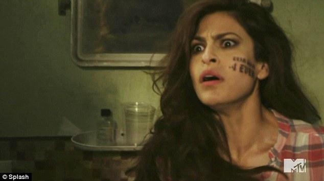 Juliayunwonder tat 39 s too funny eva mendes gets fake for Twilight movie tattoo