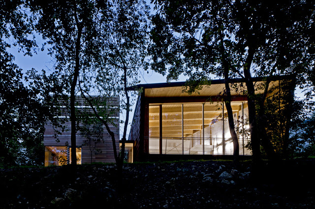 The 'Tvzeb' Architecture Studio, A Building With Zero Energy - Inspiring Modern Home