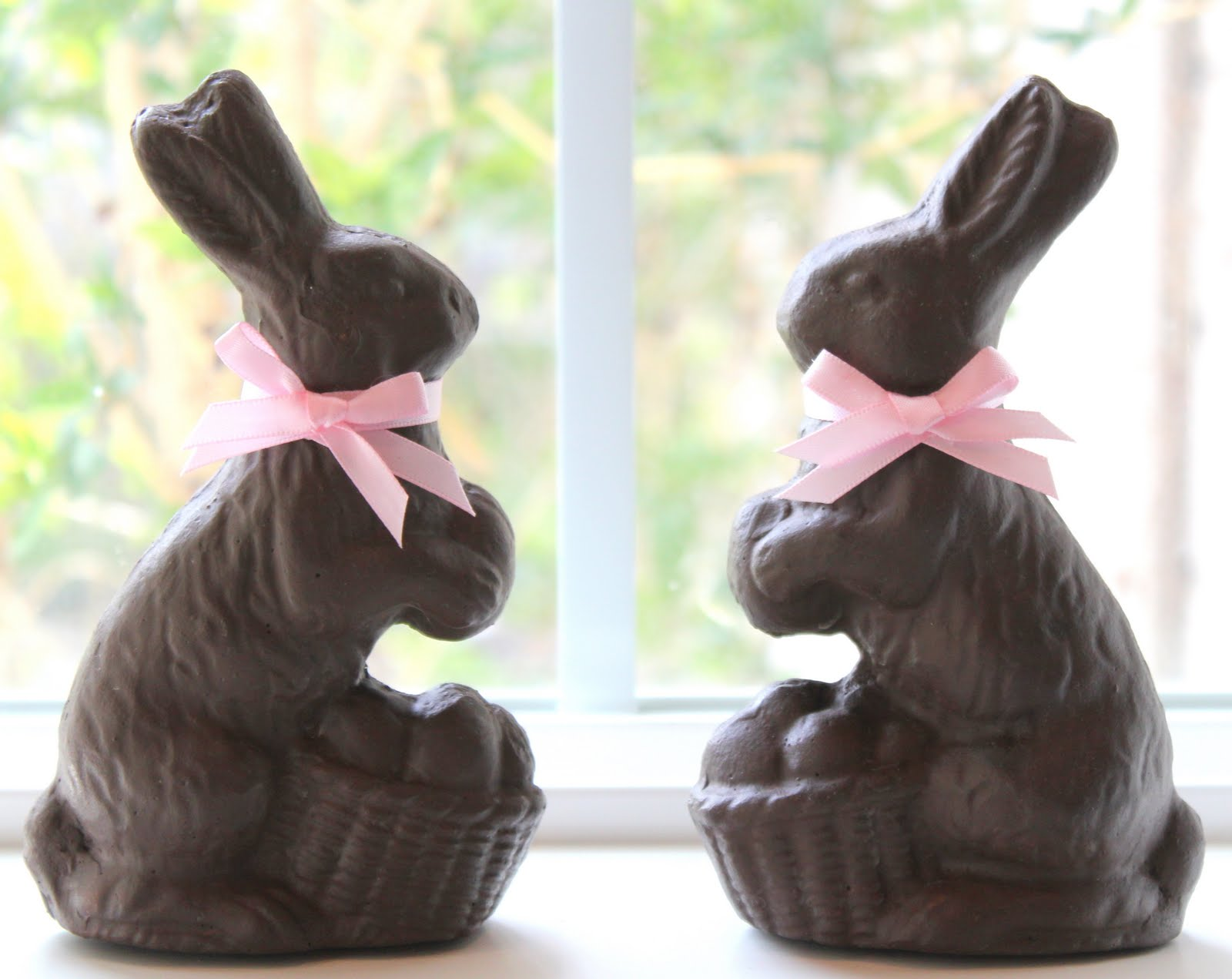 Crafty Sisters: Chocolate Mold Easter Bunnies Using ...