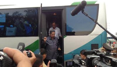 SBY Naik Bus Budiman