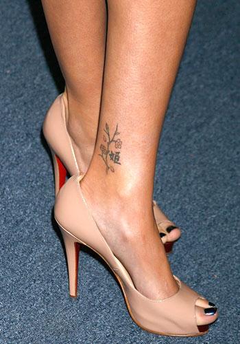 +Tattoos+female+sarah+michelle+gellar Sarah_michelle_gellar_007jpg