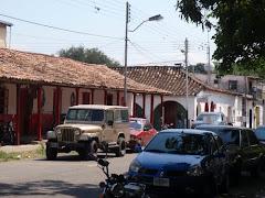 CASA DE ARCO DIAGONAL AL PARQUE