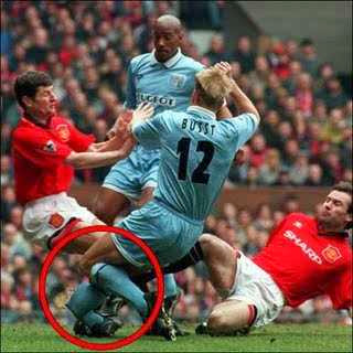 Foto Aneh Lucu di Sepak Bola