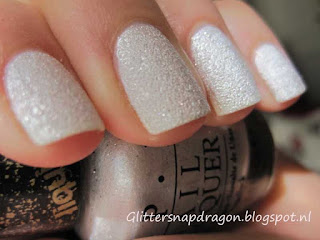 OPI The Bond Girls Collection - Solitaire