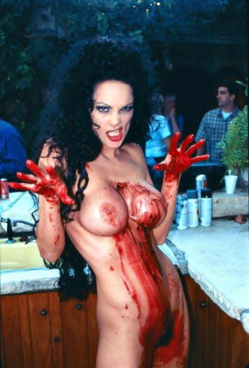 film erotico horror massaggio erotic