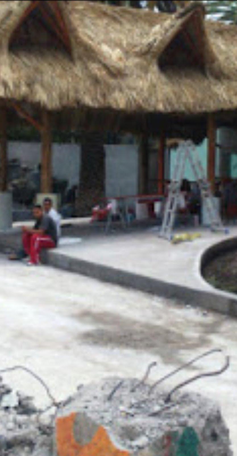 Trabajadores de Tláhuac participan en construcción de restaurante