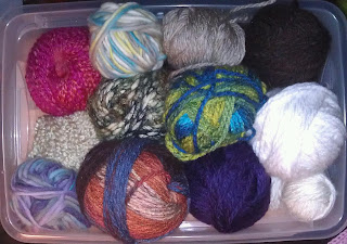 {Niccupp Crochet} My Yarn Destash Challenge Box