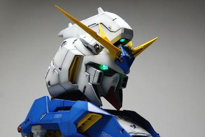 Hi-Nu Gundam Bust painted build
