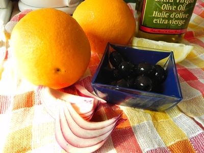 Апельсины с луком. Салат