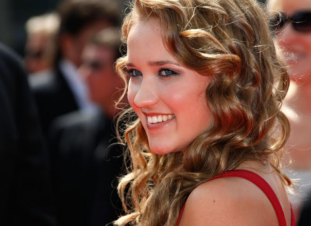 Emily Osment Biography and Photos
