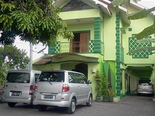 Hotel Ini Berada Di Depan Bandara Dengan Alamat Jalan Kenanga 3A Yogyakarta
