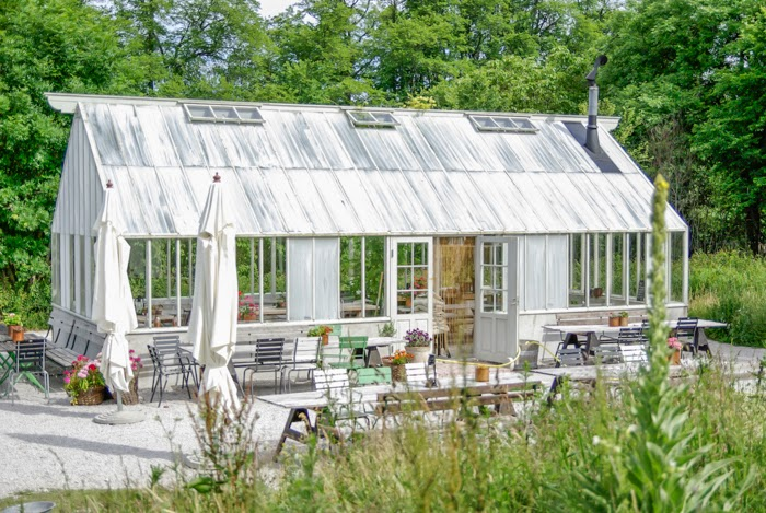 lasinen pergola, white pergola, gardening,
