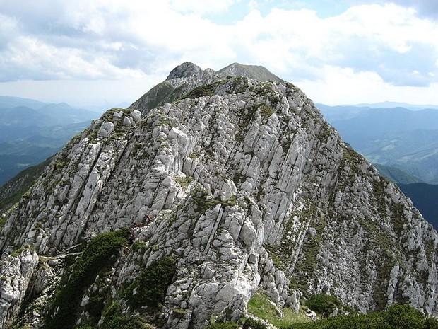 Piatra Craiului Mountains main ridge