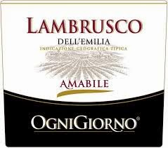 etichetta bottiglia vino rosso frizzante packaging design naming grafica label