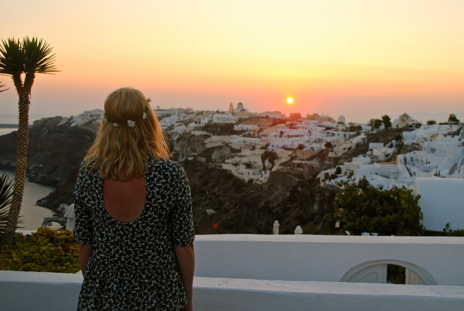Sunset over Oia in Santorini from Ikies Boutique Hotel