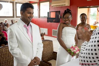 mairie des Abymes, Guadeloupe, sourire de la mariée