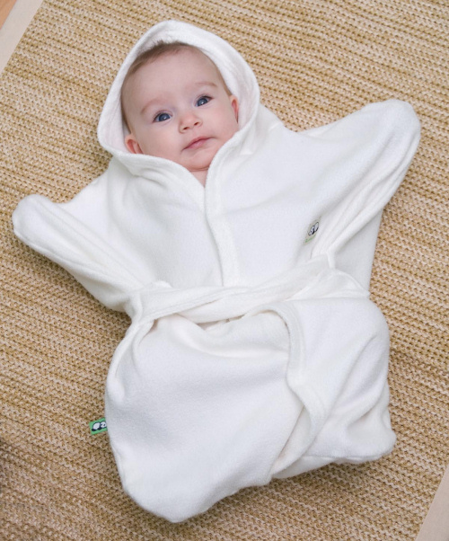 With the care that goes into making newborn baby clothes today, you can ensure that he's safe from the elements in the softest fabrics available. Newborn clothes are available in styles for both boys and girls, so you can mix and match the perfectly affordable and comfy outfits for your precious little one.