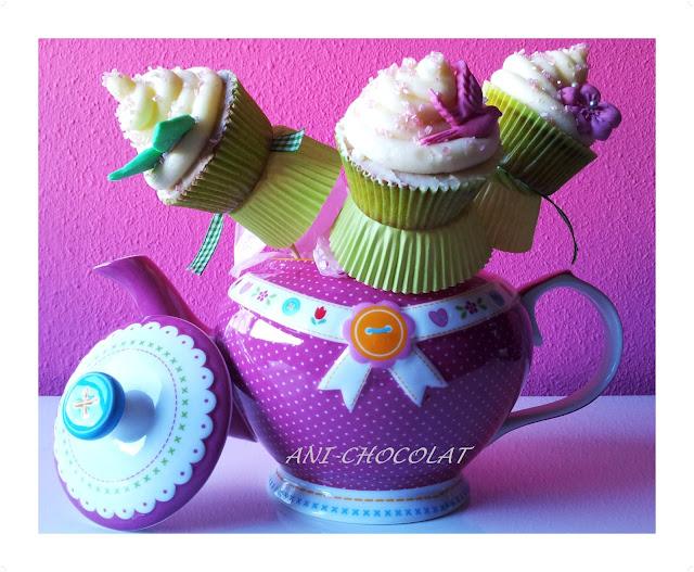 Cupcakes En Tetera (sabor Crema De Almendras)