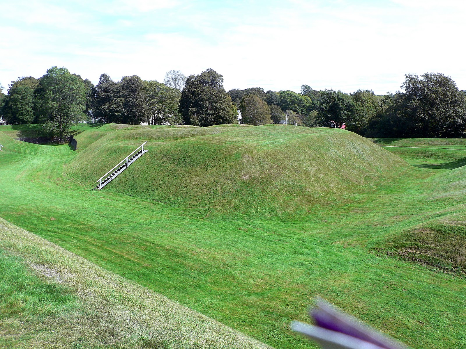 grand mound jewish personals Grand mound located along the banks of the rainy river  (cc by-sa 30) many laurel culture burial mounds and base camps are located along the rainy river, which flows between fort frances, ontario and international falls, minnesota.