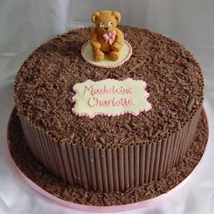 Simple recipe for chocolate birthday cake