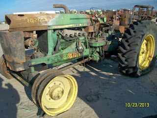 John Deere 2940 tractor