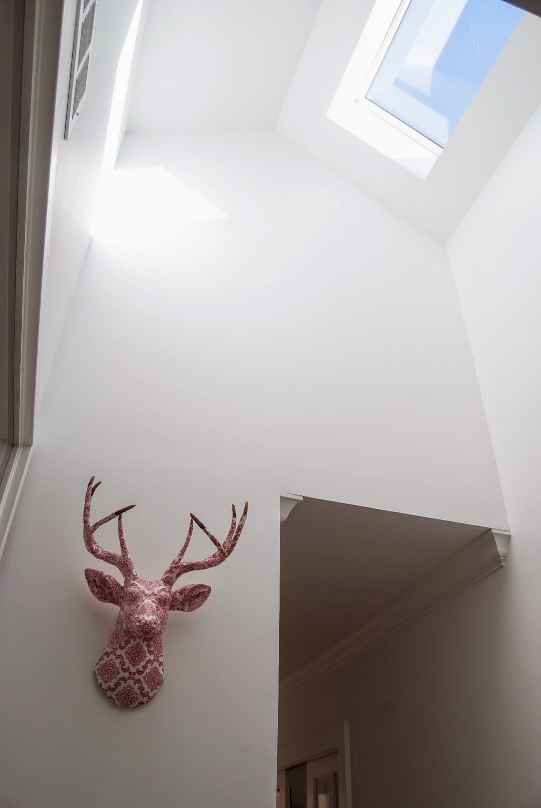 Hallway light source. Added skylight.