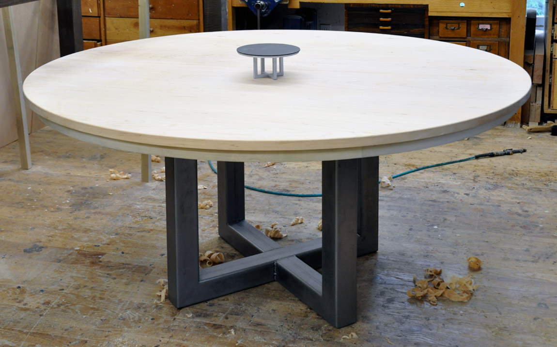 woodworkers photo journal a round expanding table with a steel base