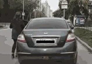 robo-coche-truco-simple