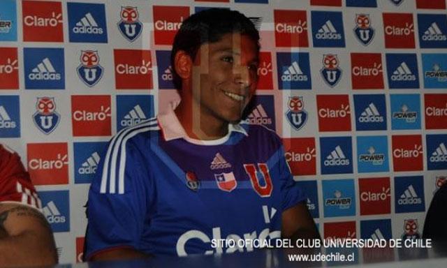 La  Pulga  debutaría con la camiseta de la  U  de Chile el 26 de enero ante  ante el Nacional de Montevideo. d5cfe7ea792fb