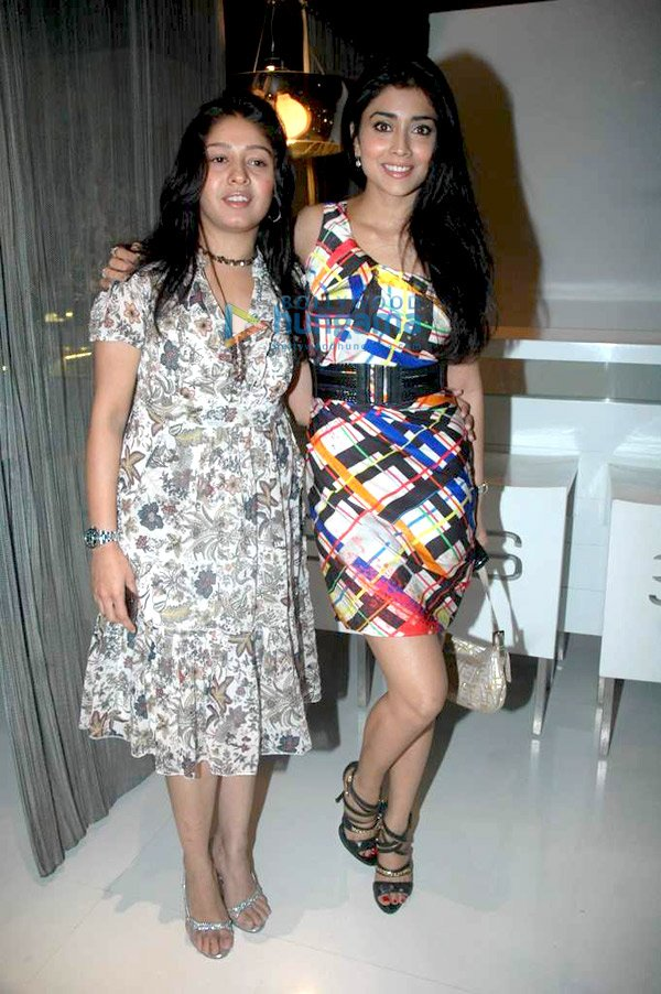 Shriya Saran  - Shriya Saran at Sunidhi Chauhan's dinner party
