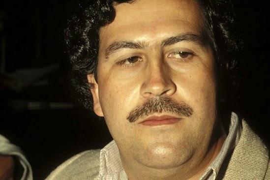 Gabriel García Márquez, Raport z pewnego porwania, Okres ochronny na czarownice, Carmaniola