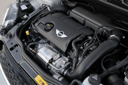 2013 BMW Mini Cooper engine