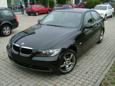 on Bmw 320i   Best Cars For You