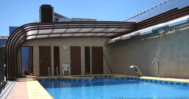 Venta al mejor precio en cubiertas de piscinason line para hoteles y casas rurales - Casa rural con piscina cubierta ...