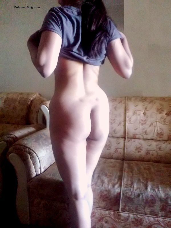 ... aunty hiking top stripping naked showing big tits ass and pussy pics