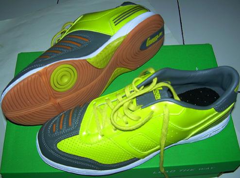 Harga Sepatu Futsal League