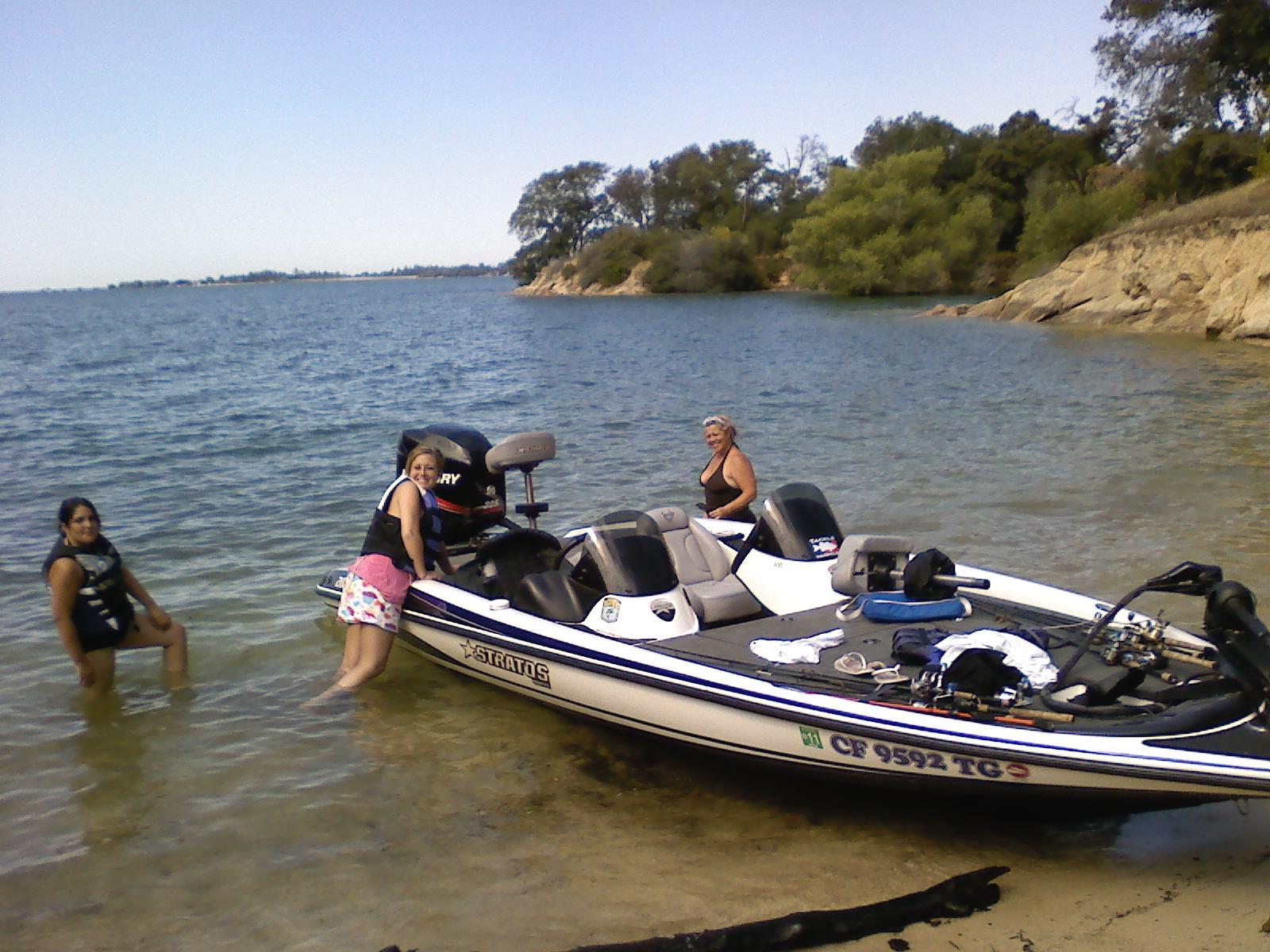 Dirt travels folsom lake fun for Folsom lake fishing