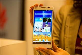 Huawei Ascend Mate, Harga 4 Jutaan Layar 6,1 inci