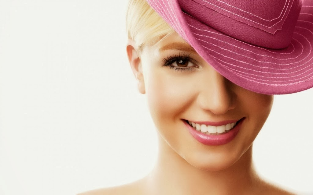 Britney+Spears+Hd+Wallpapers+Free+Download024