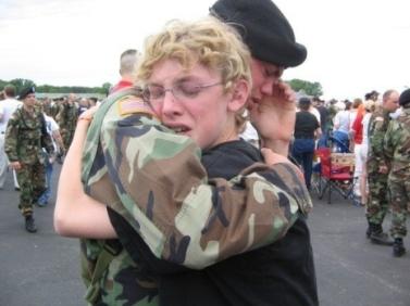 Despedida antes de ir a la guerra