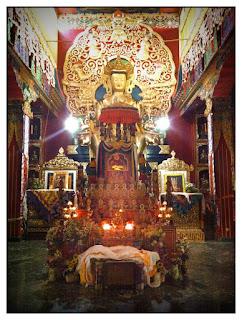 Tenga Rimpoche altar