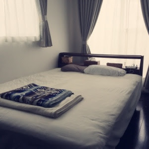 寝室 ベッドルーム