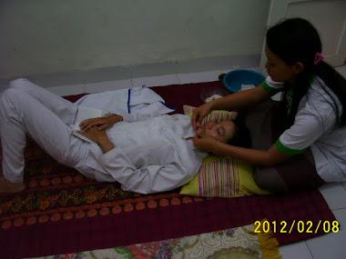 Proses Terapi Totok Aura Wajah