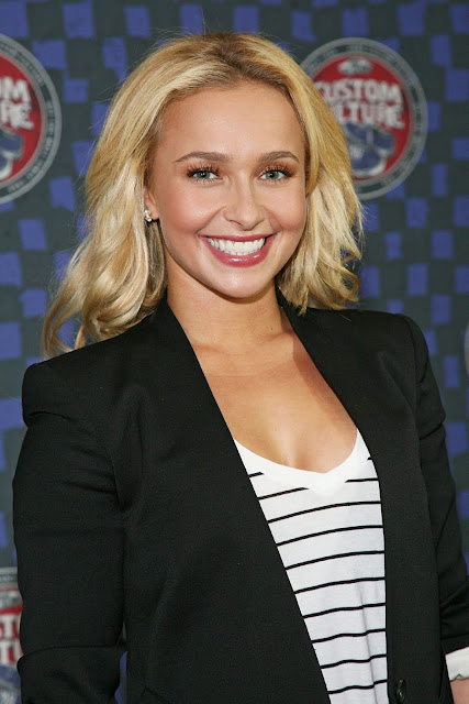 Hot Hayden Panettiere 2011 Vans Custom Culture Contest Pics in NY