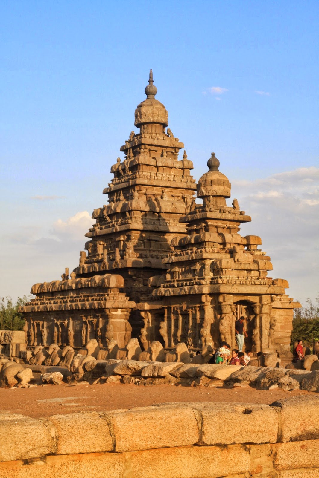 mahabalipuram shore temple timings