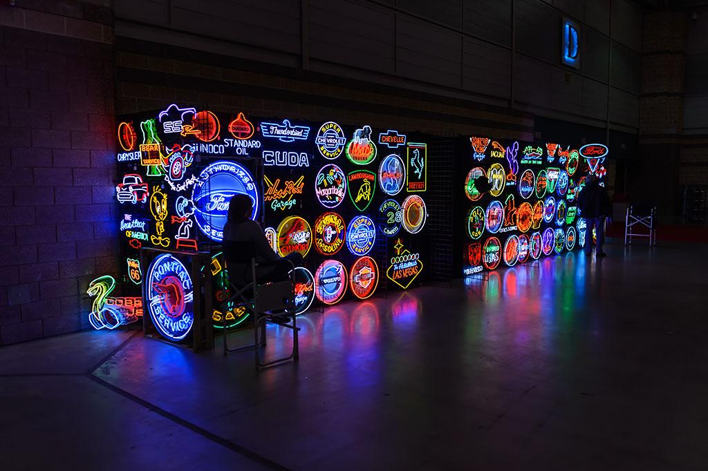 Neon Vendor at Atlantic City Auction