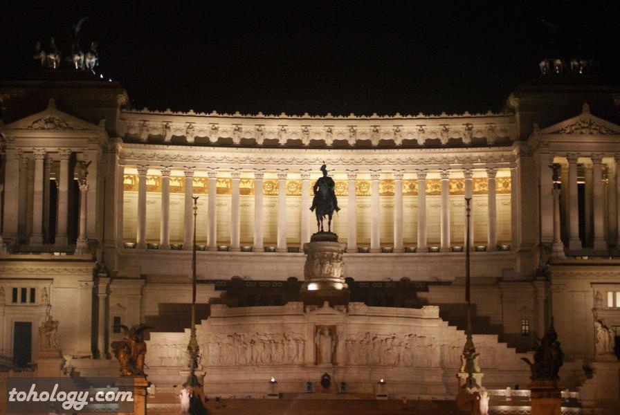 Викторианский дворец Рим