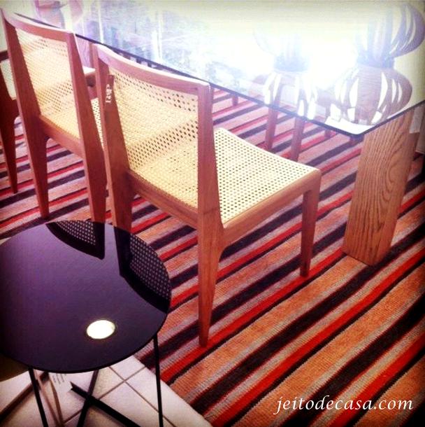 design cadeira madeira natural e palha
