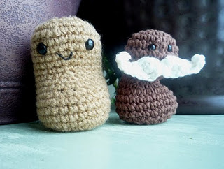 Crochet Bean Bag Tutorial : 2000 Free Amigurumi Patterns: Bean Bags