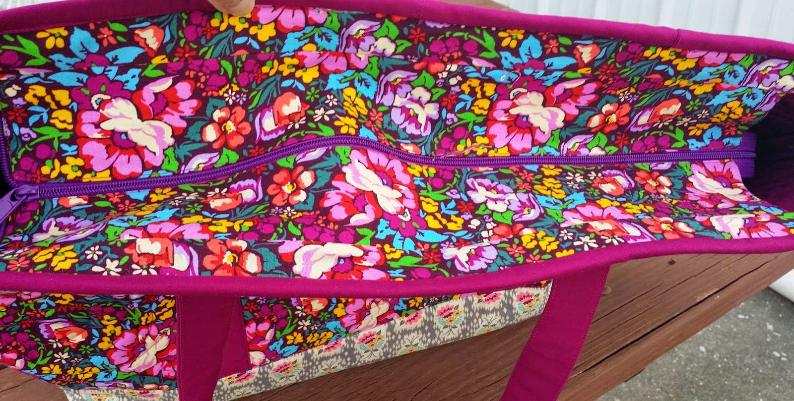 Totally Trendy Tote Patterns by Annie made from Anna Marie Horner
